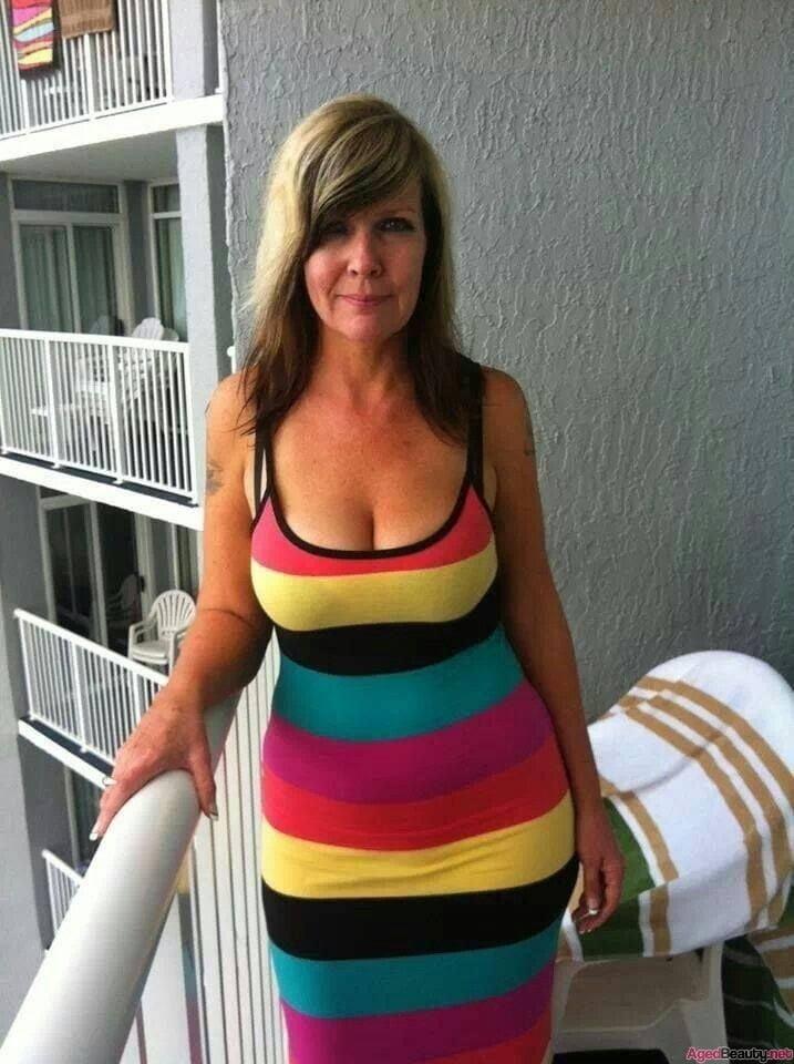 Free mature big boobs pics