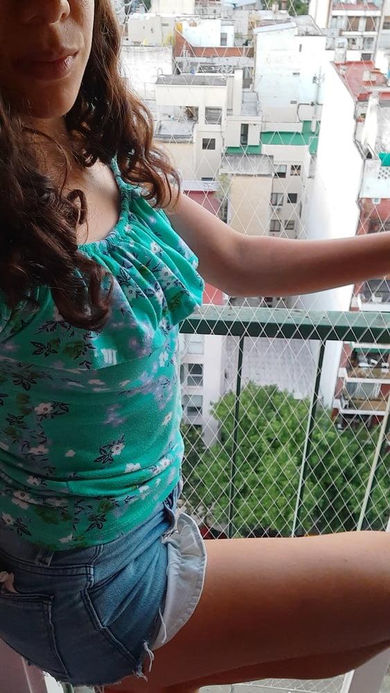Latina big booty at summer - 32 Pics