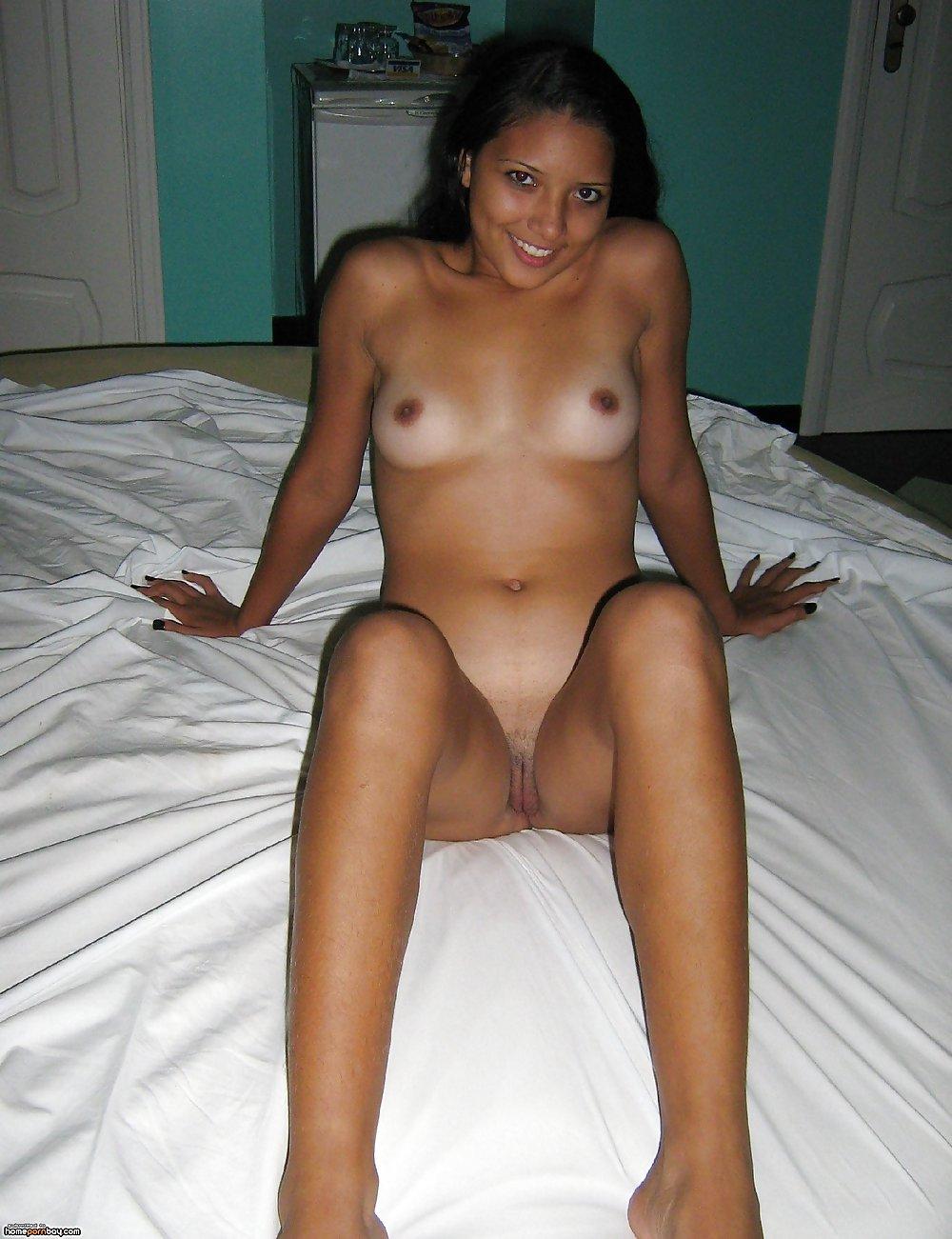 Indian Latina Nude Milf Image