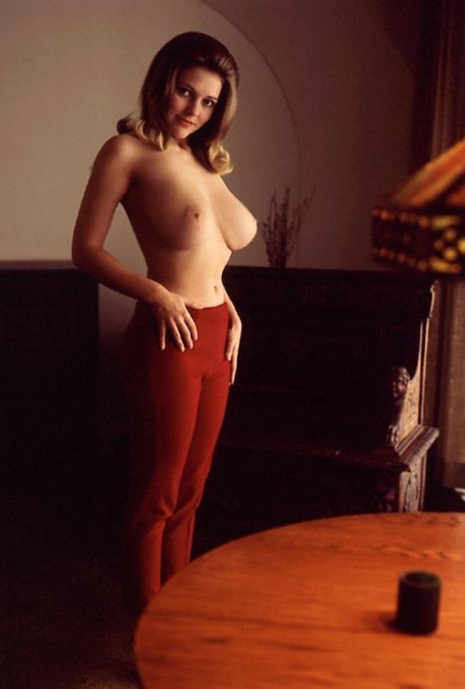 Melinda shankar hot nudes, girl in sexy dress seduces boyfriend