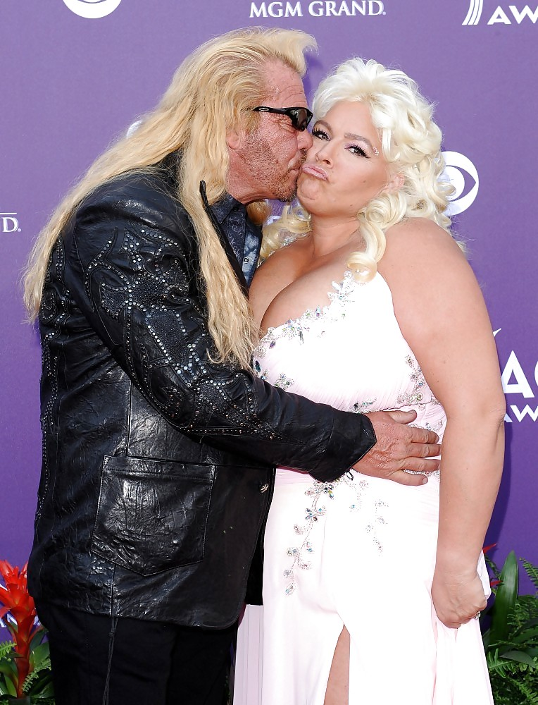 Duane dog chapman considered suicide after wife beth's death