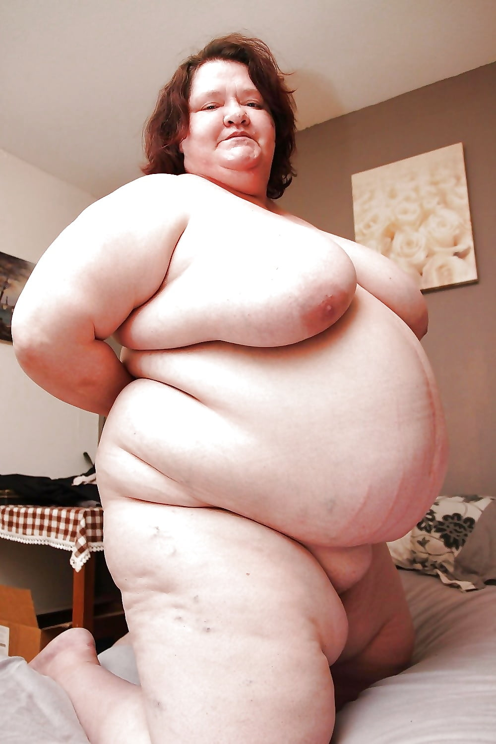 naked-morbidly-obese-women-with-huge-tits-widehip-grannies