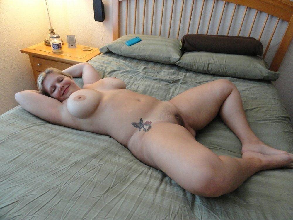 rasslablennie-bolshie-zrelie-nochyu-trahaet-azh-do-slez-porno
