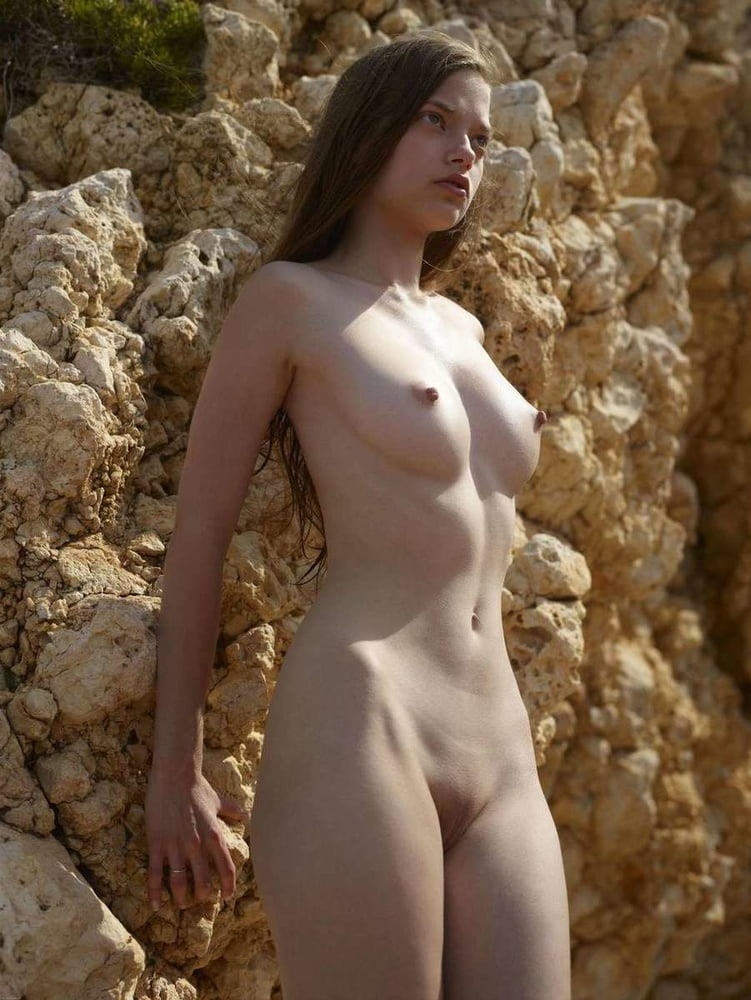 French hot nude girls