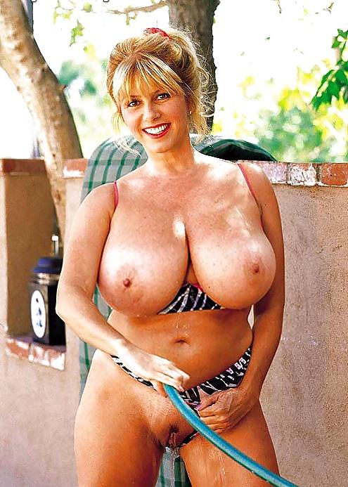 Big mature boobs pics