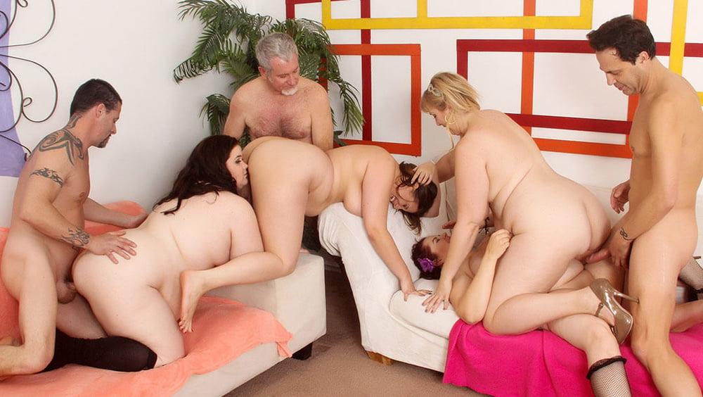 Жирная толстушки женщины групповой порно массажный кабинет