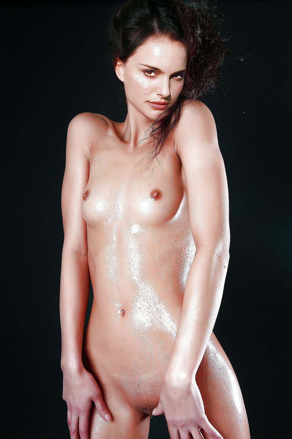 natalie-portman-nude-and-erotic