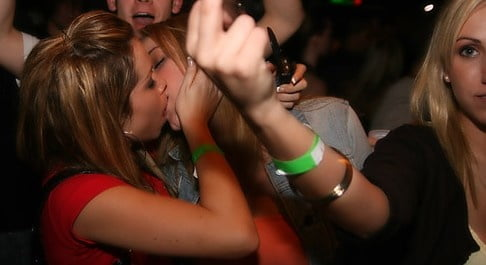 Girls kissing girls boobs