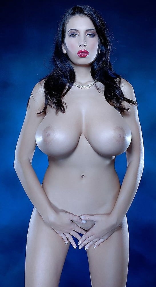 Big tit babes naked