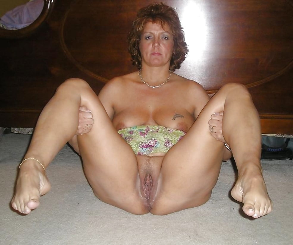 pictures-of-amature-mature-women-shower