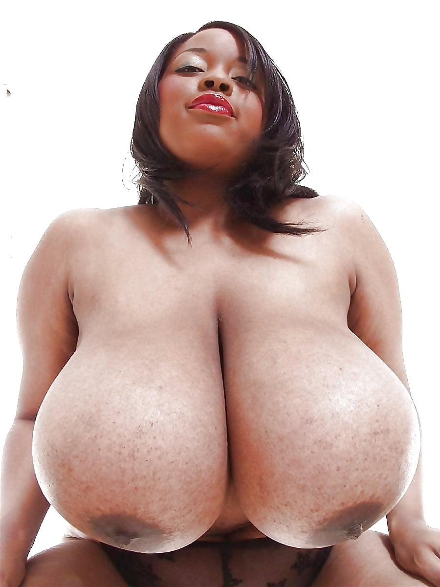 Big black tits in the tub