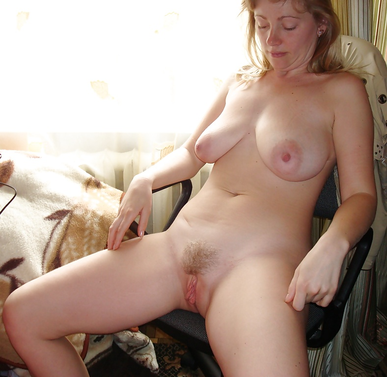 Hairy mature big pussy lips video