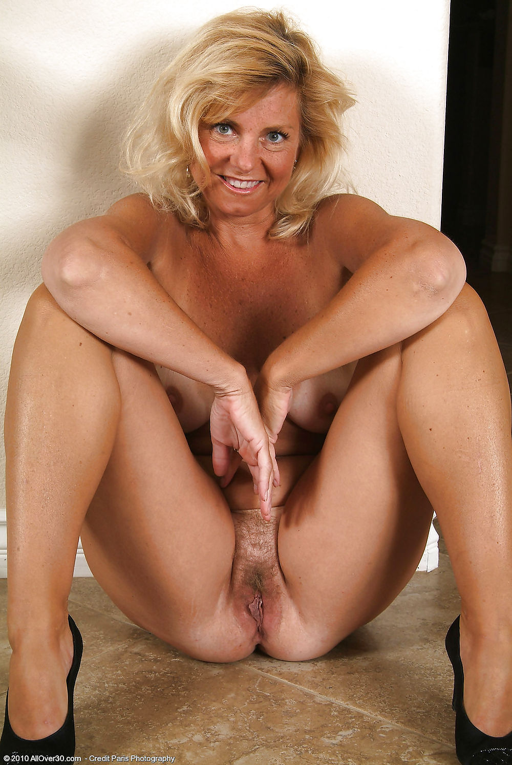 old-hot-naked-woman-videos-pornos-bluper