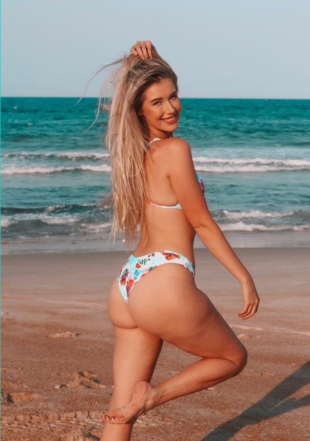 Foley nude noelle 48 Sexy