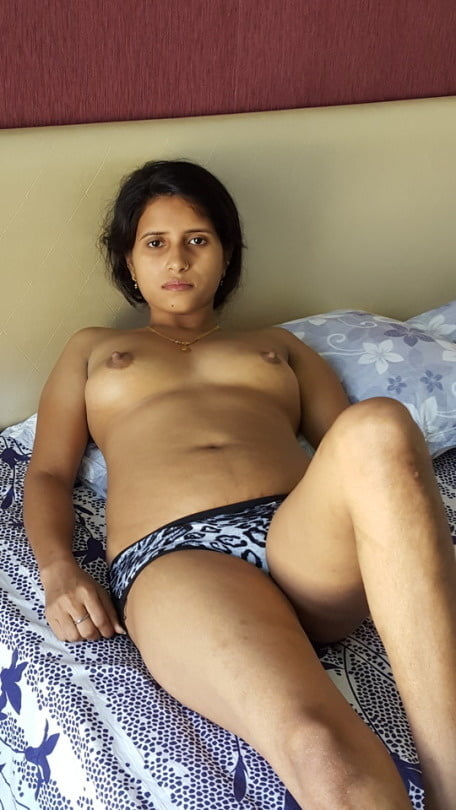 Very hot and sexy aunty
