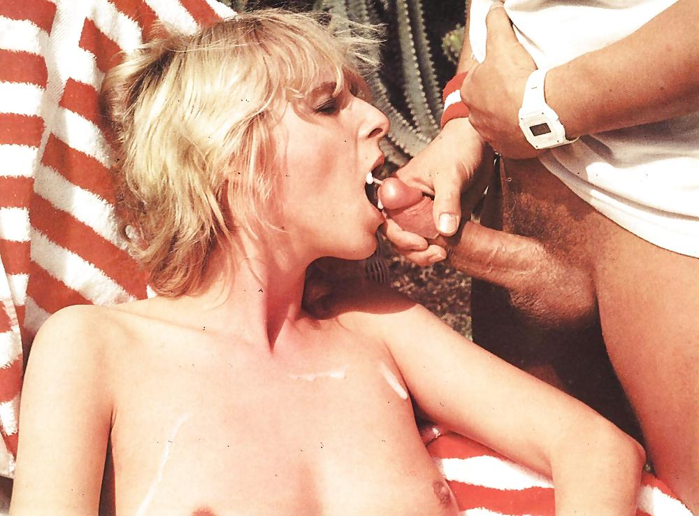 Amateure Reife Upskirt Orgasmus