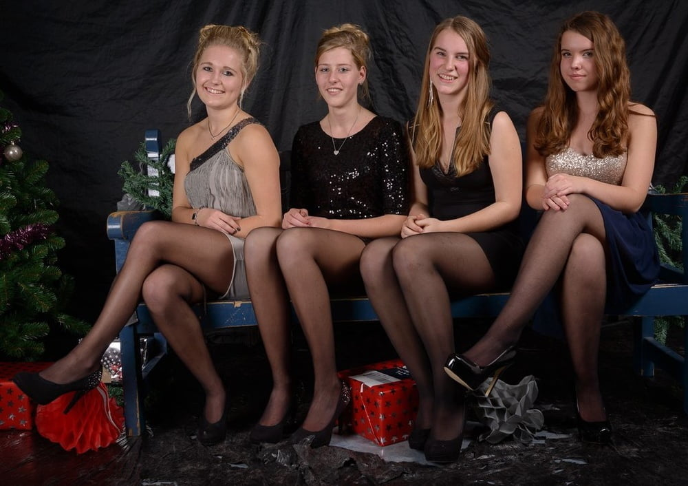 party-girls-in-pantyhose-photos