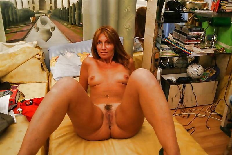 Lost bet wife nude