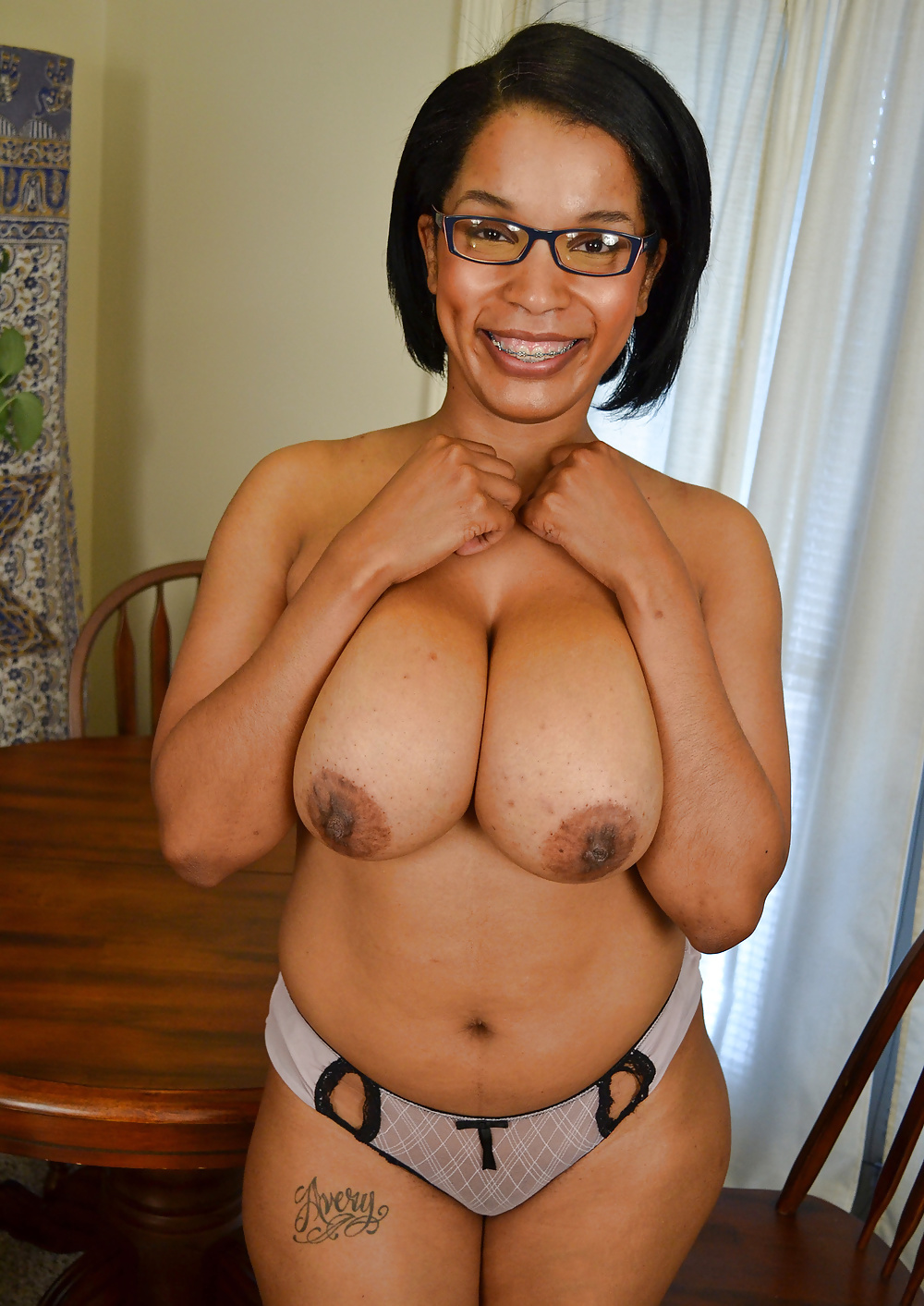 Ebony  Mature Women Can She Get It - 15 Pics - Xhamstercom-3928