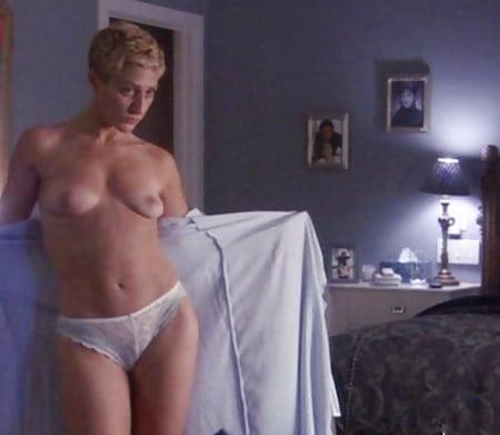 Edie Falco Panties Pictures