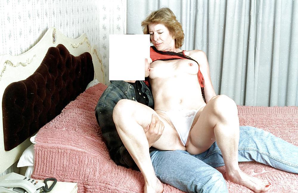 Straight girl seduced by lesbian-7939