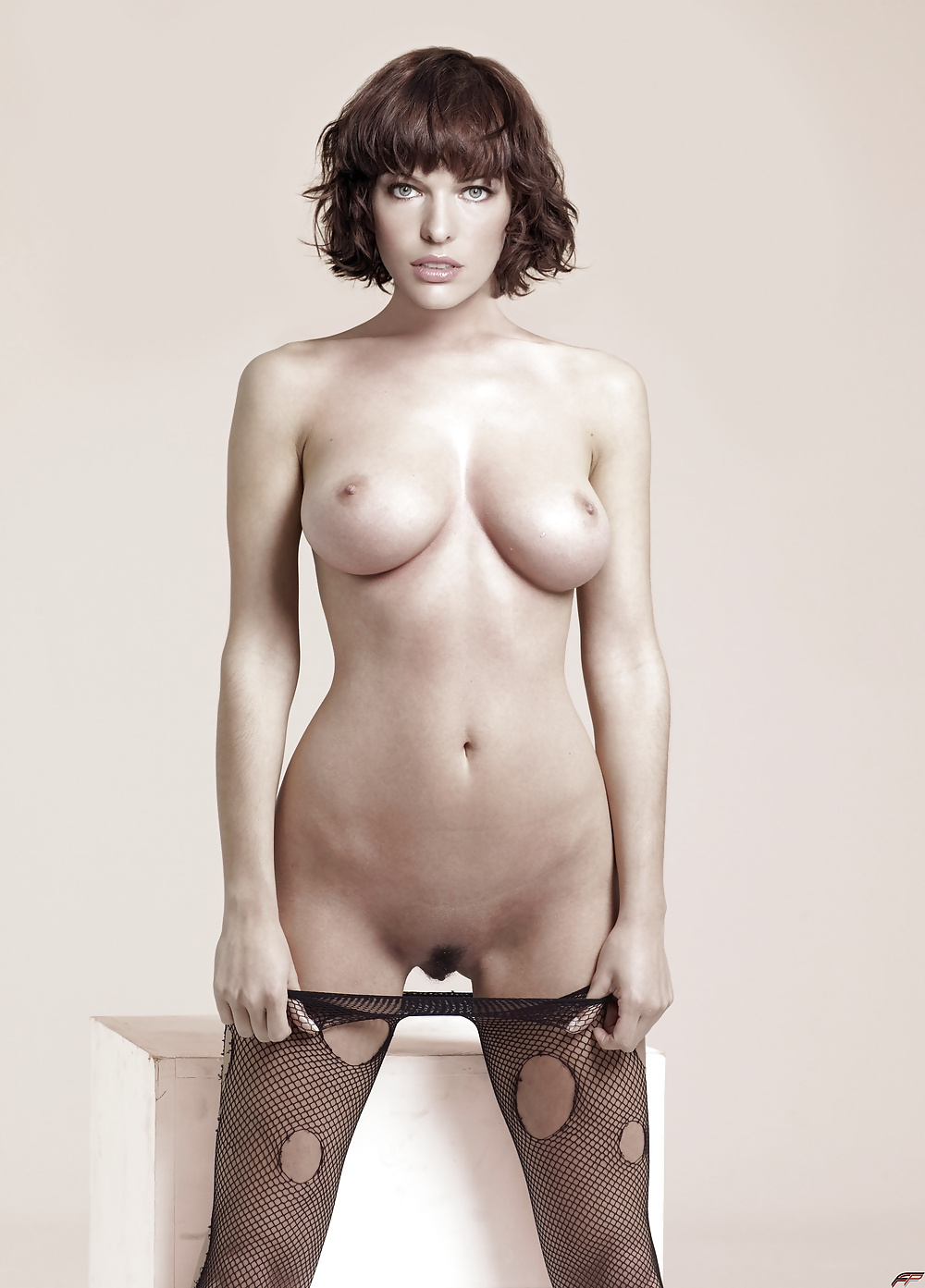 Nude pictures of milla jovovich
