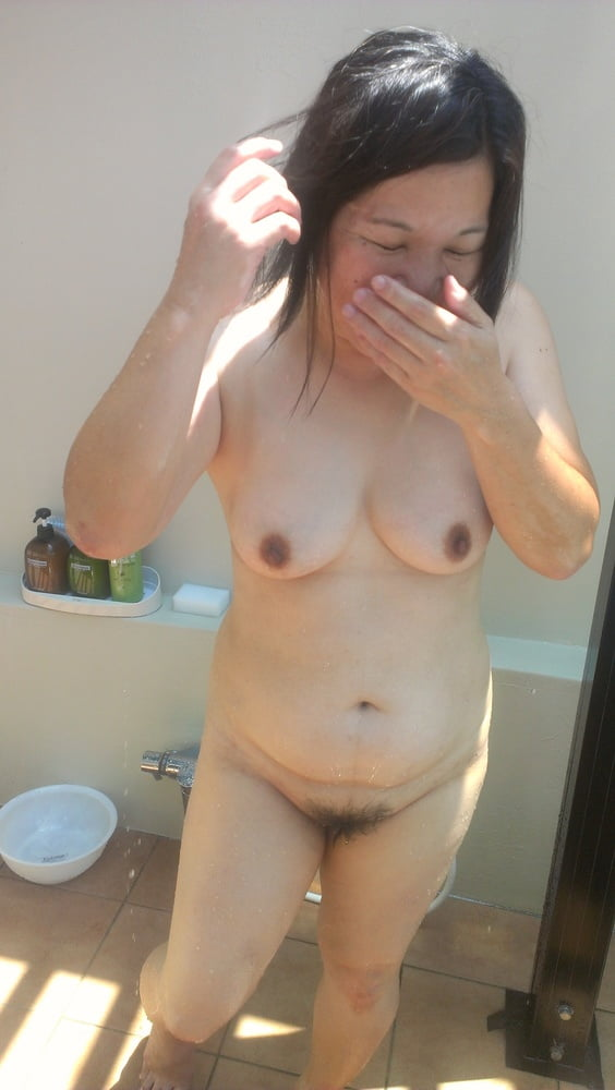 Hello everyone. my wife's gallery is here.