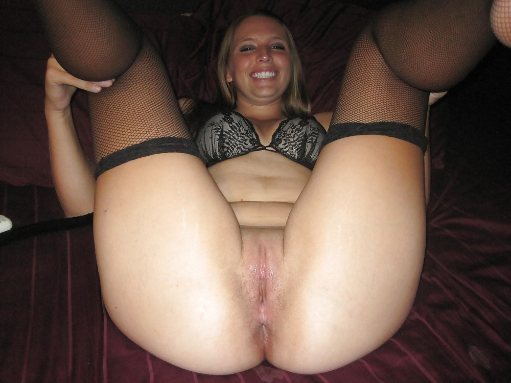 chubby wives Nude brunette