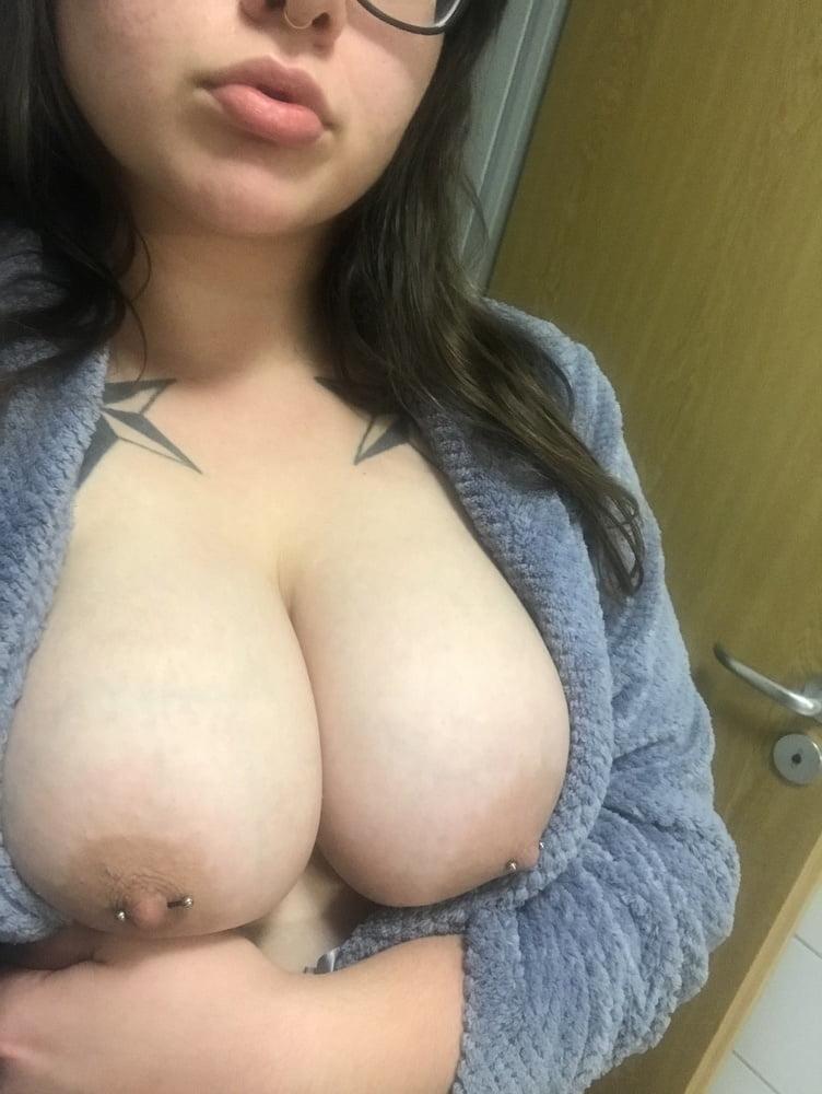 Big pierced tits pics