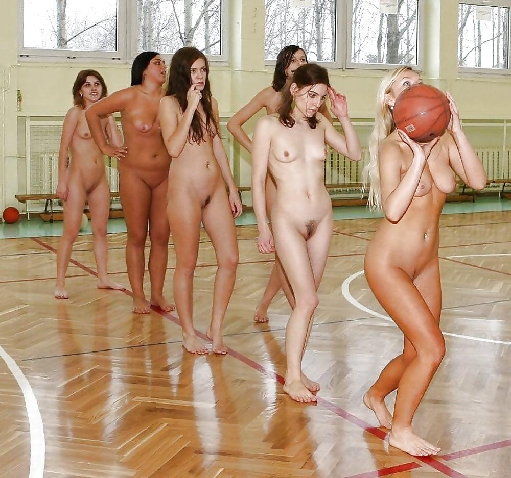 Naked women sports stars