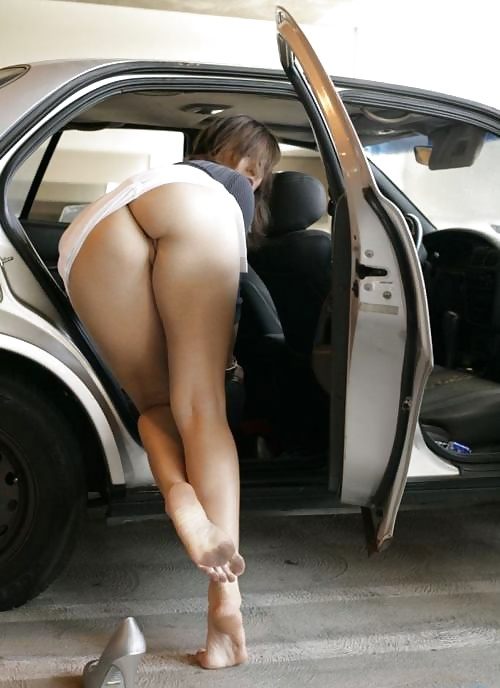Nude babes and cars-5200