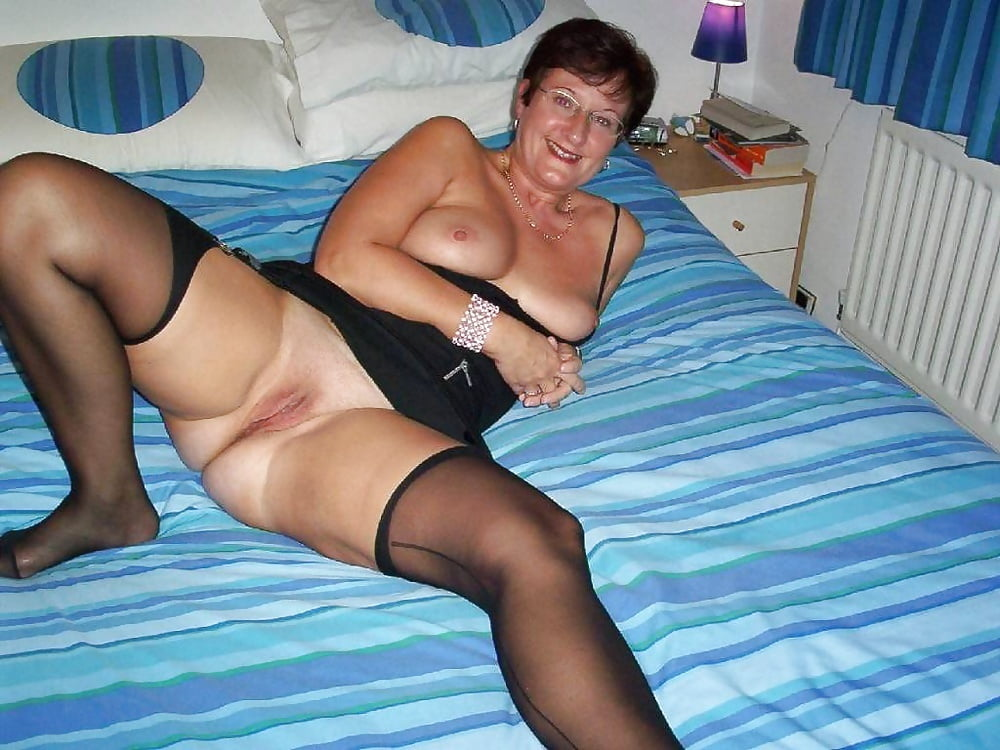 British wife whore Cindy is a meaty fuckdoll - 59 Pics