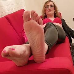 High Heel Shoe And Foot Fetish Worship Essex Girl Lisa