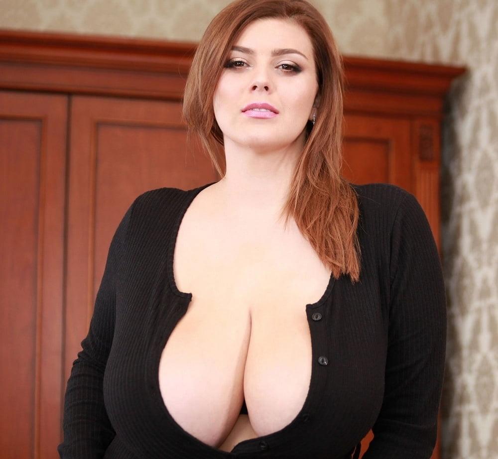 Секс картинки и большие сиськи — pic 12