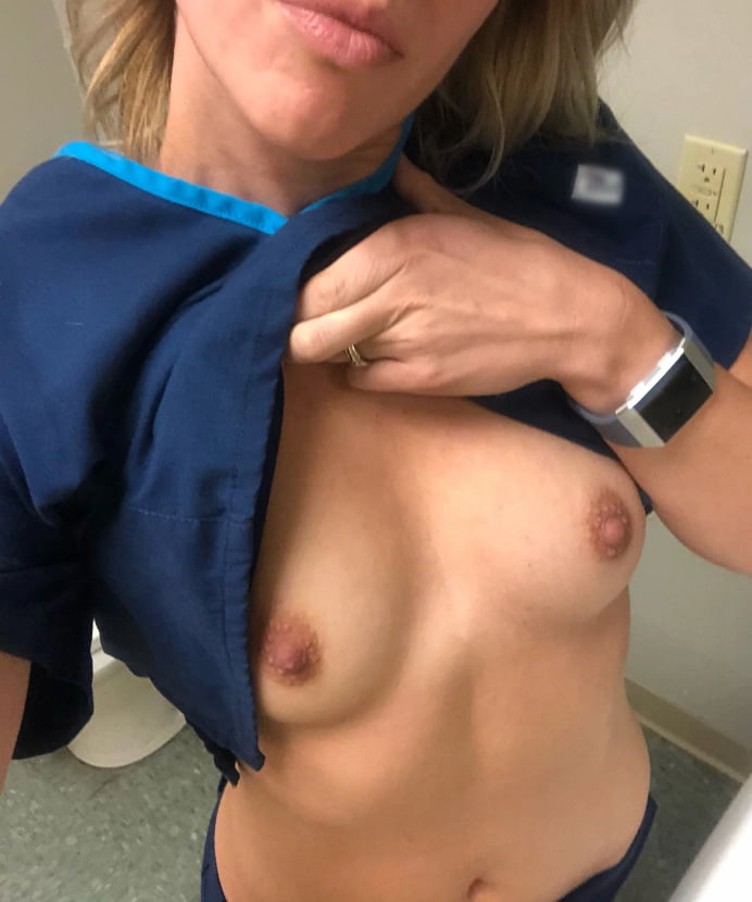 Hottest Amateur Nurses Flashing- 35 Pics