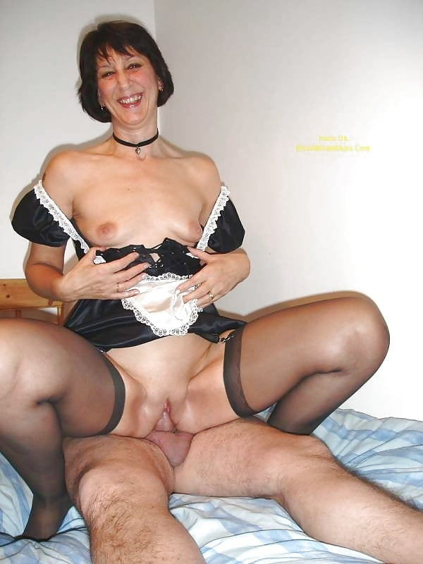 amateur naked wives pics