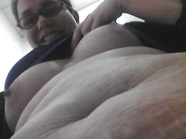 Small tits Big belly - 11 Pics
