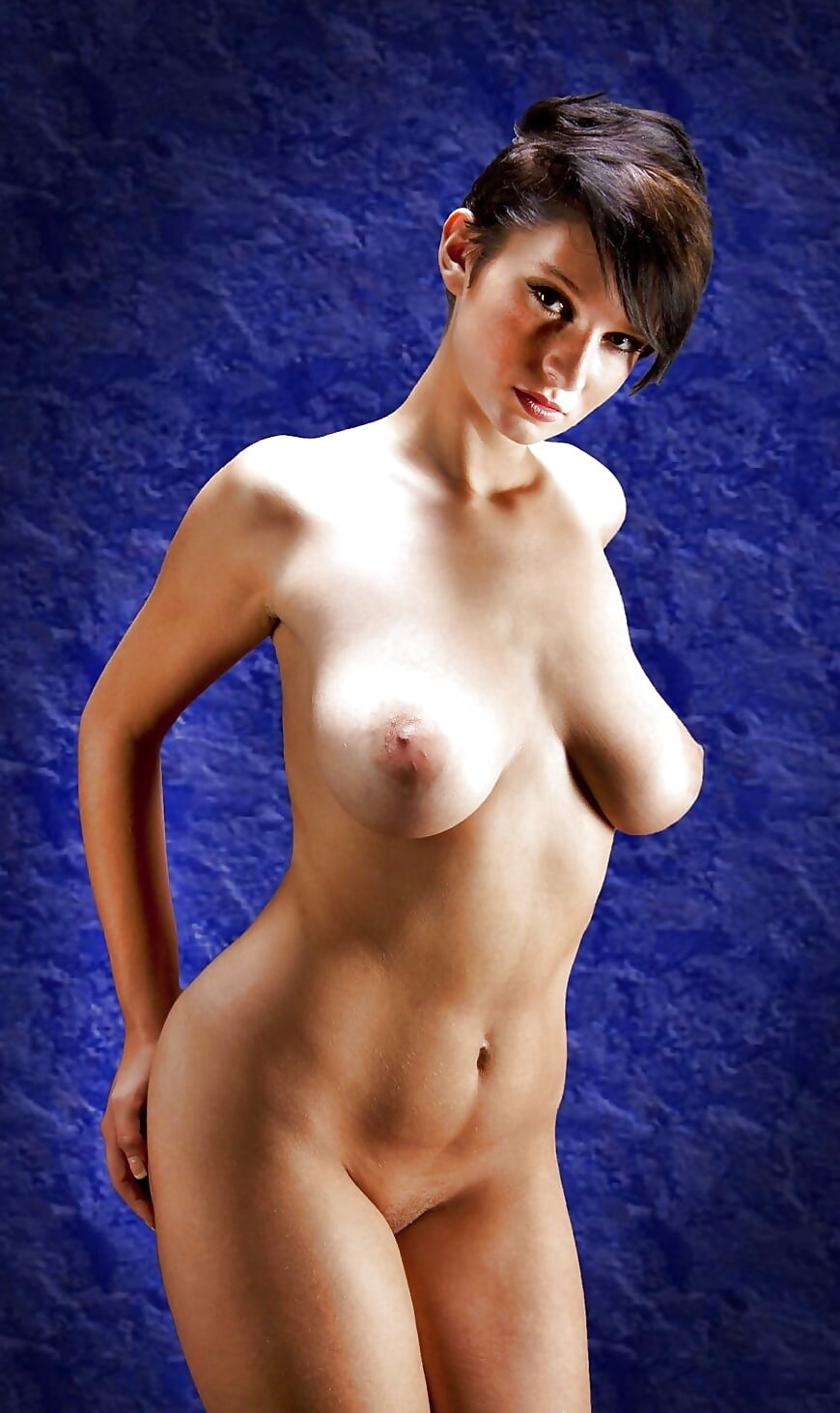 Mature naked sexy girl short hair naked
