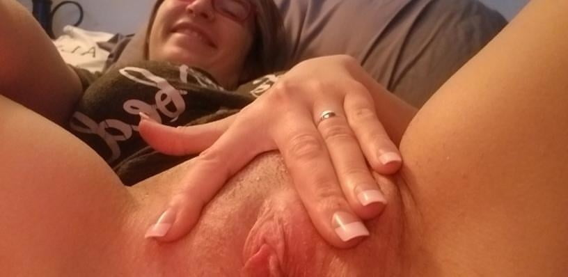 Internet Whore - 29 Pics