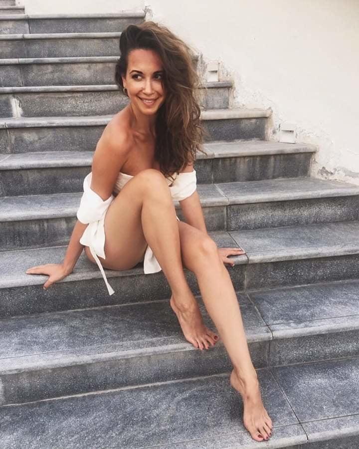 Nude grace capristo Mandy Capristo