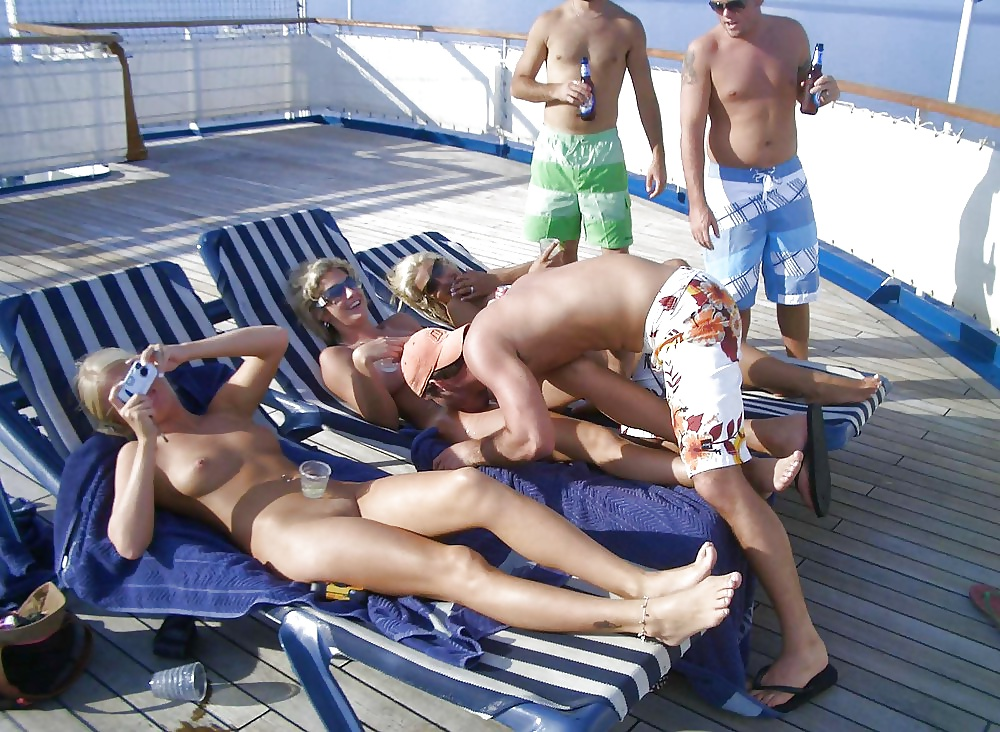Adult cruise vacation options