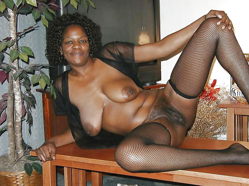 black-mature-sexy-women-tear