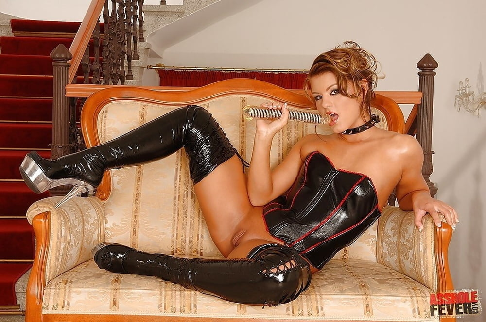 Hot girl in boots fucked