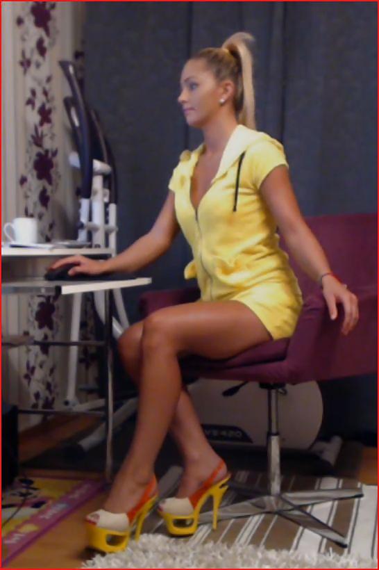 Blonde webcam blowjob