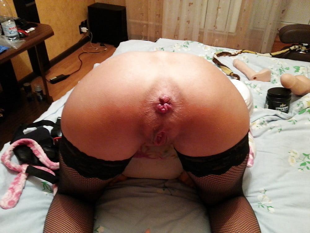 растягивание ануса жены фото
