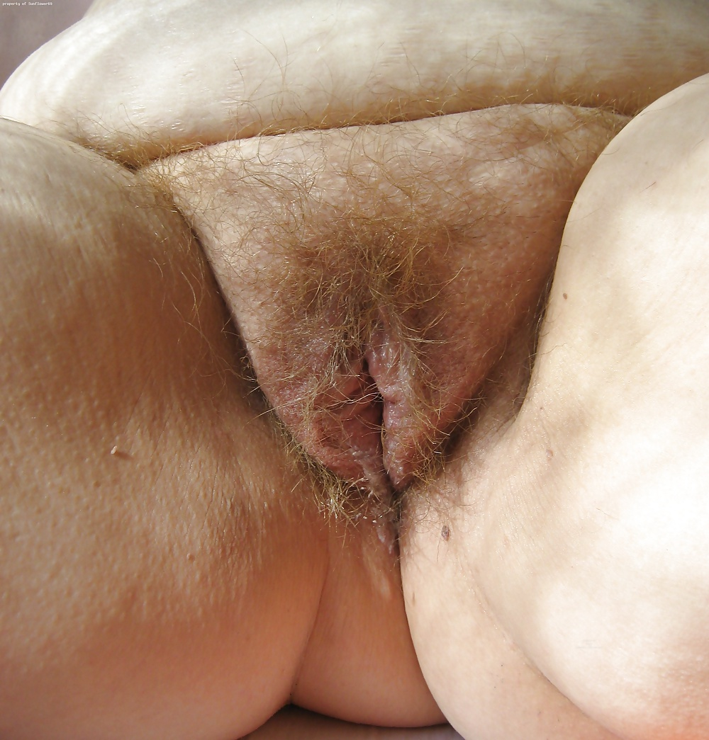 Fat old mature grey pussy hair