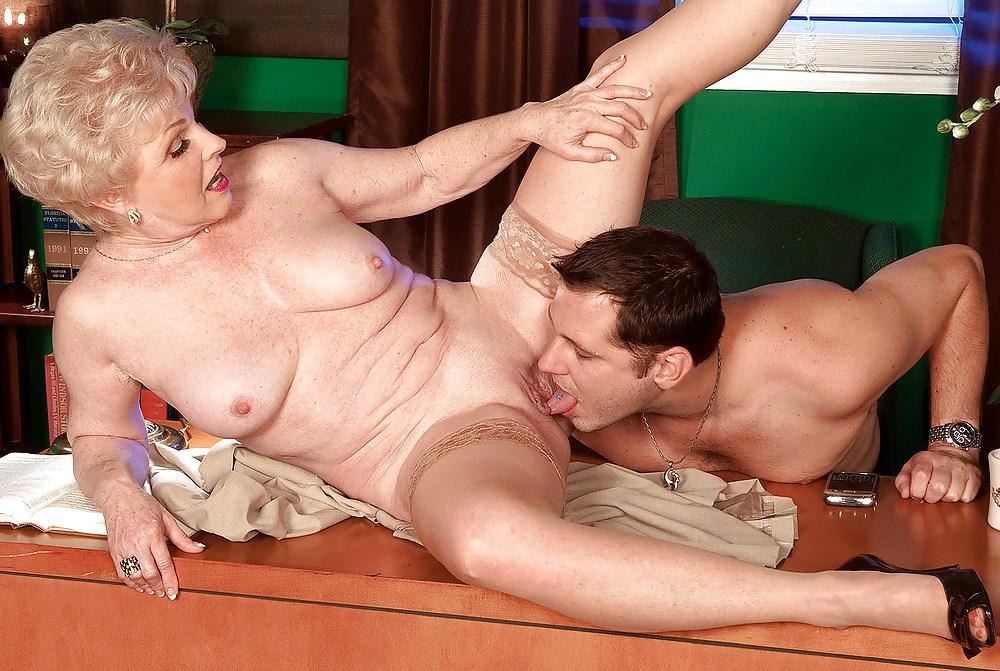 чувство фото смачного секса с зрелым старикашкой что делали, чем