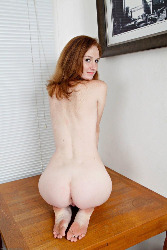 deedee-chicks-nude