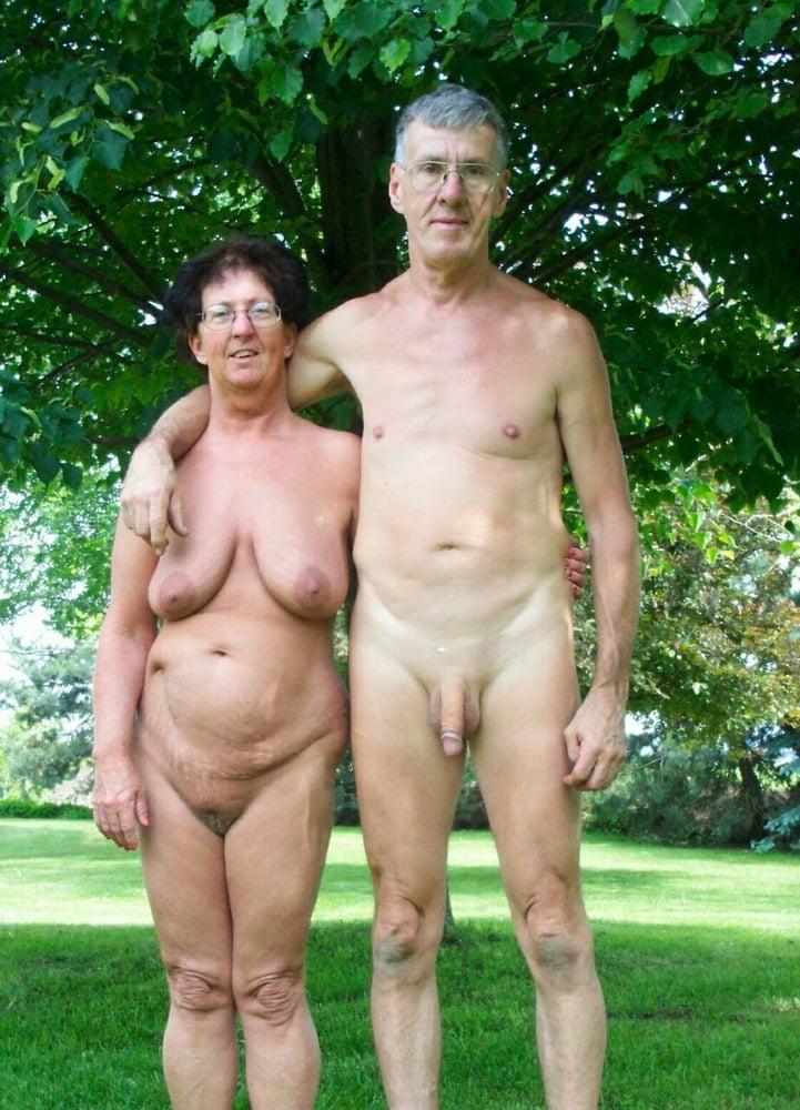 Секс девушками пожилых родов, через