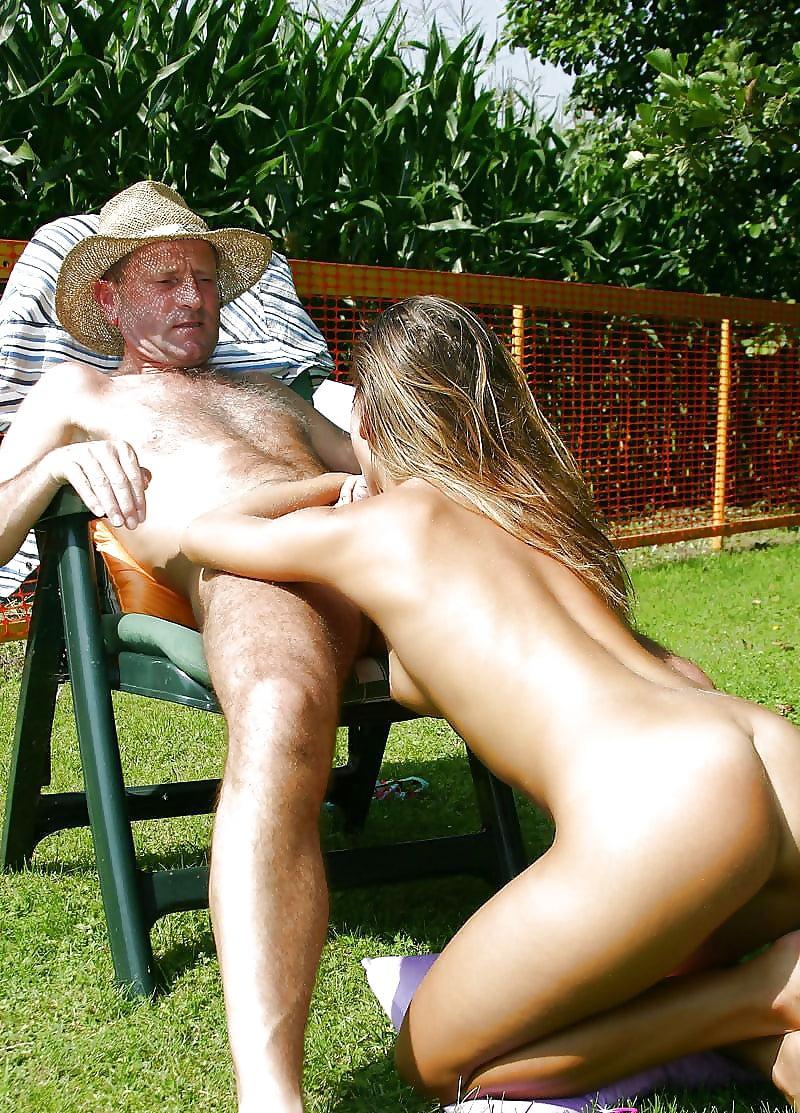 Три старика трахают молодую на природе видео, супер извращенное русское порно с разговорами